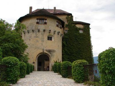 Ein Ausflug der sich lohnt: Schloss Schenna