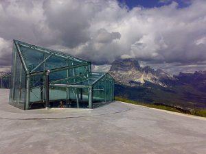 Dolomites: Museum in den Wolken. Foto: Von Katus84 - Eigenes Werk, CC BY-SA 3.0, https://commons.wikimedia.org/w/index.php?curid=21760178