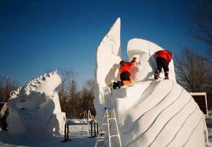 Schneeskulpturen-Festival Südtirol